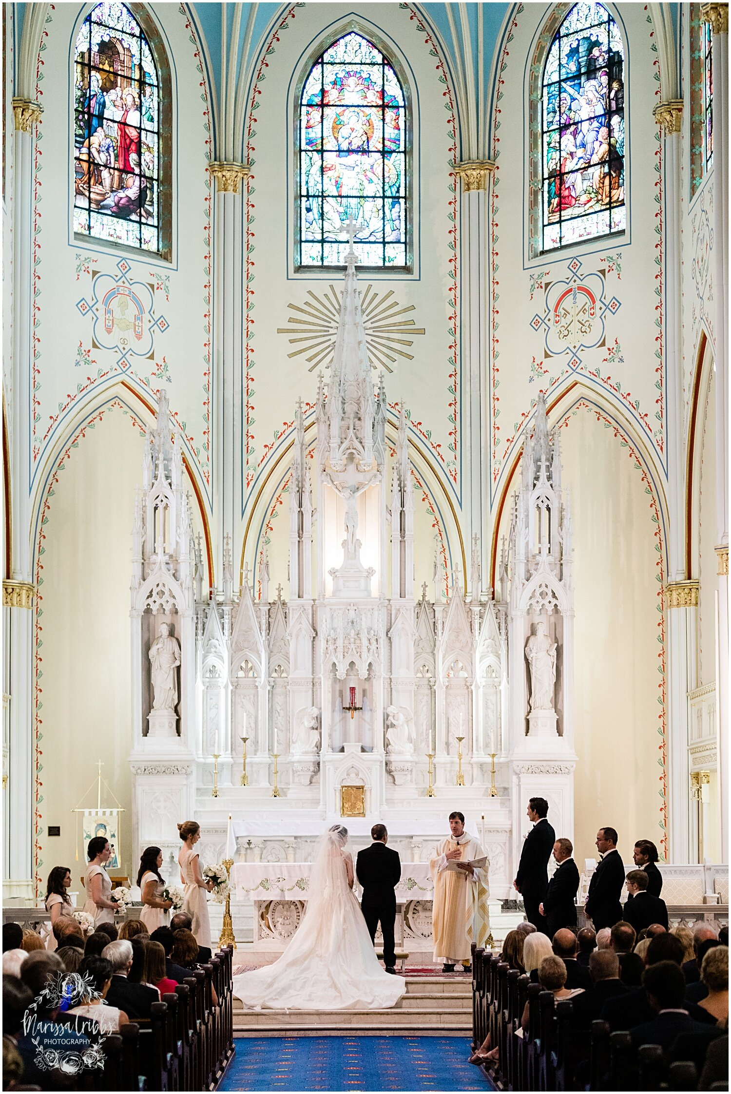 TYLER & CAROLINE MARRIED BLOG | MARISSA CRIBBS PHOTOGRAPHY | THE CARRIAGE CLUB | KANSAS CITY WEDDING PHOTOS_9223.jpg