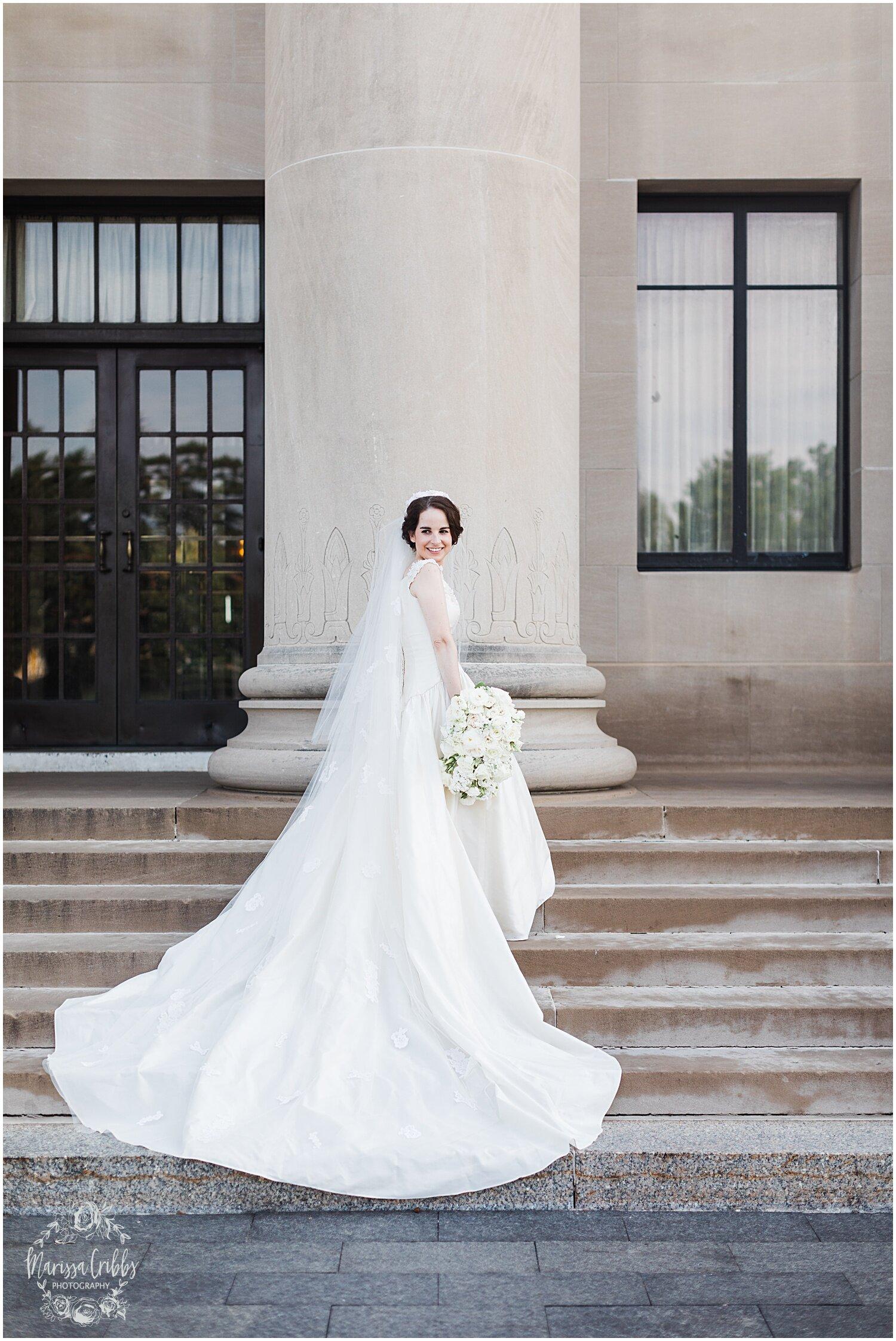 TYLER & CAROLINE MARRIED BLOG | MARISSA CRIBBS PHOTOGRAPHY | THE CARRIAGE CLUB | KANSAS CITY WEDDING PHOTOS_9246.jpg