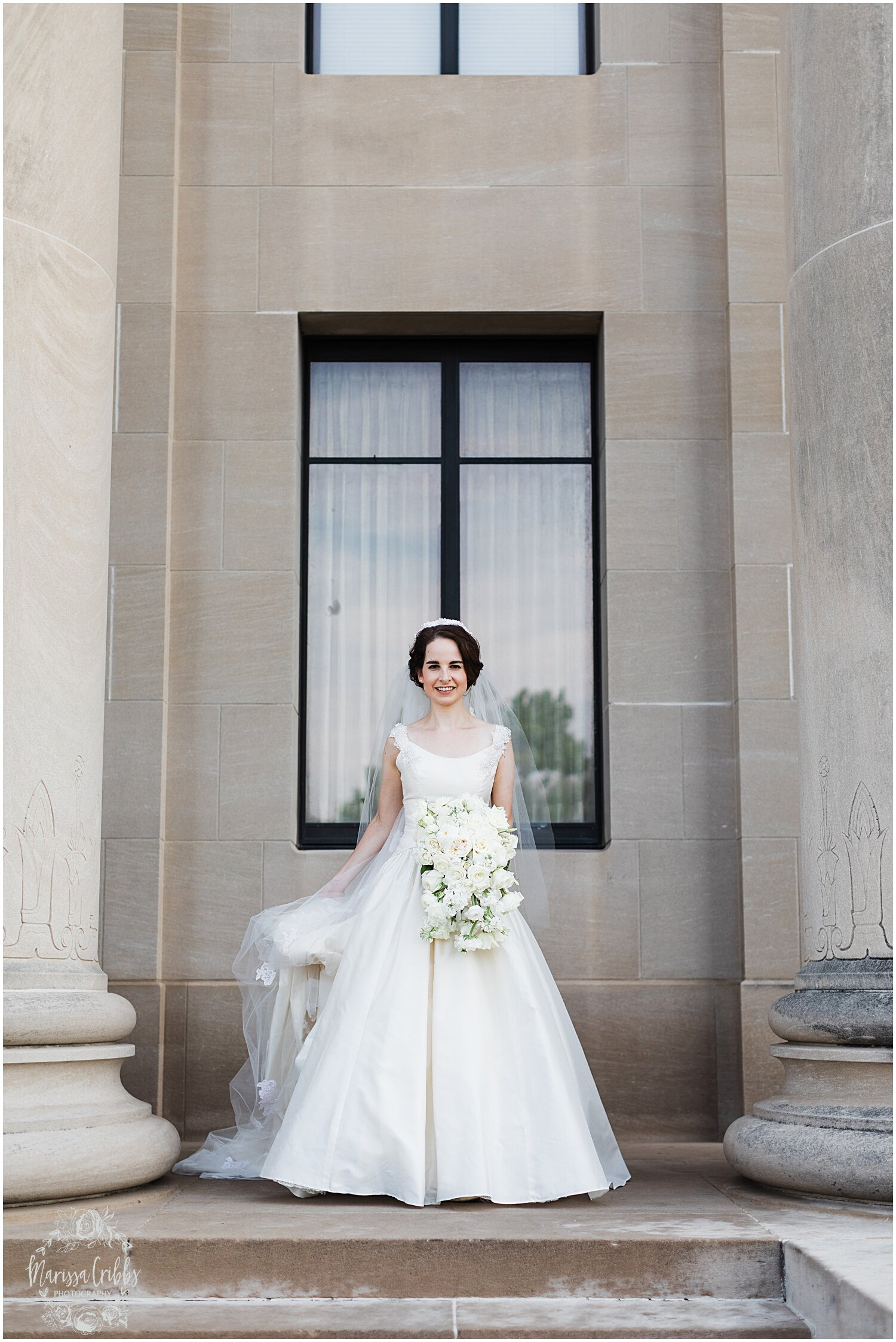 TYLER & CAROLINE MARRIED BLOG | MARISSA CRIBBS PHOTOGRAPHY | THE CARRIAGE CLUB | KANSAS CITY WEDDING PHOTOS_9248.jpg