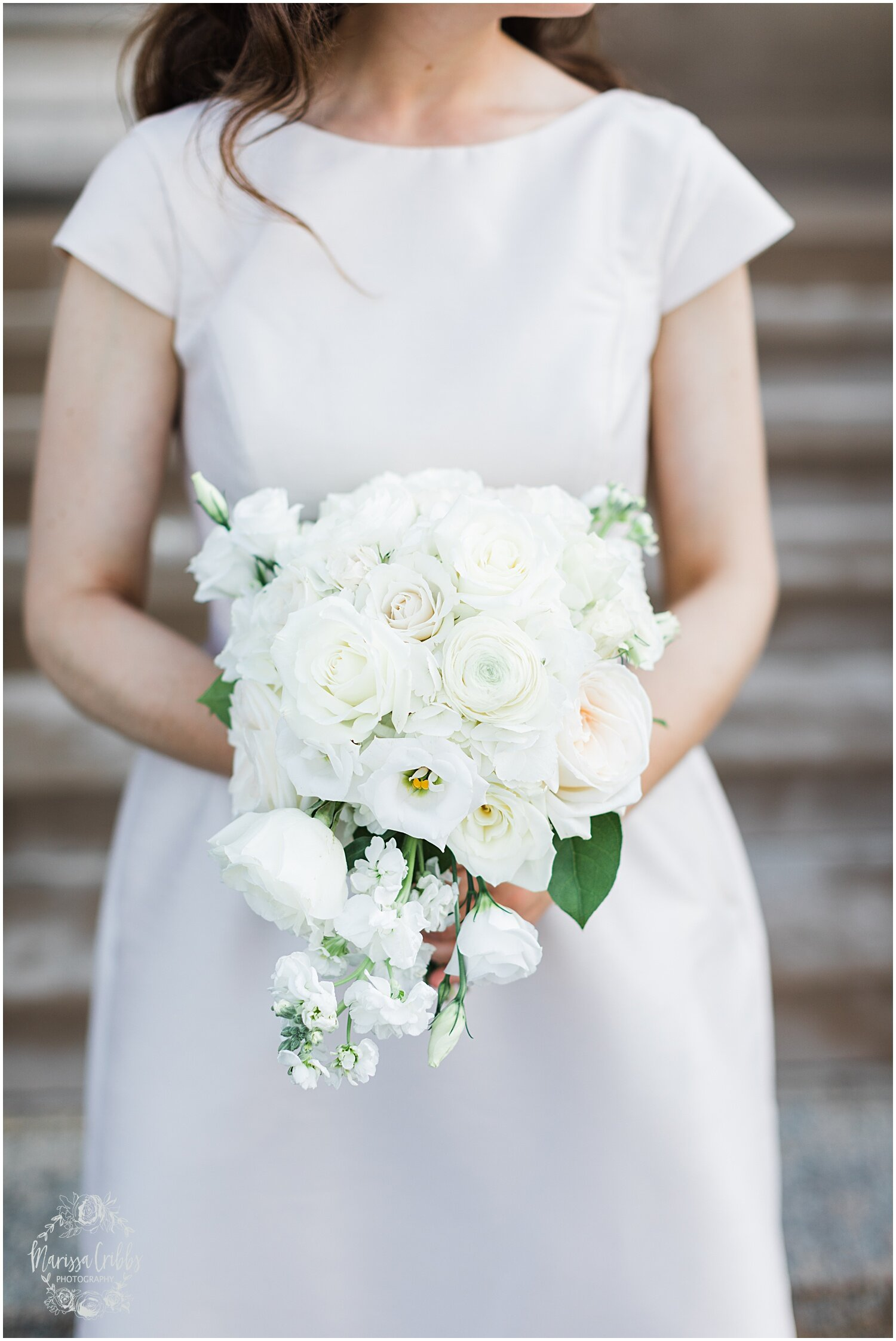 TYLER & CAROLINE MARRIED BLOG | MARISSA CRIBBS PHOTOGRAPHY | THE CARRIAGE CLUB | KANSAS CITY WEDDING PHOTOS_9250.jpg