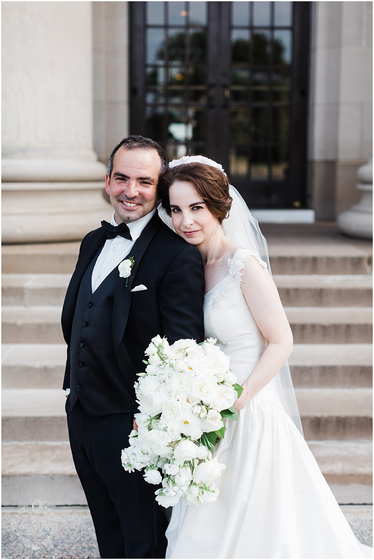 TYLER & CAROLINE MARRIED BLOG | MARISSA CRIBBS PHOTOGRAPHY | THE CARRIAGE CLUB | KANSAS CITY WEDDING PHOTOS_9253.jpg