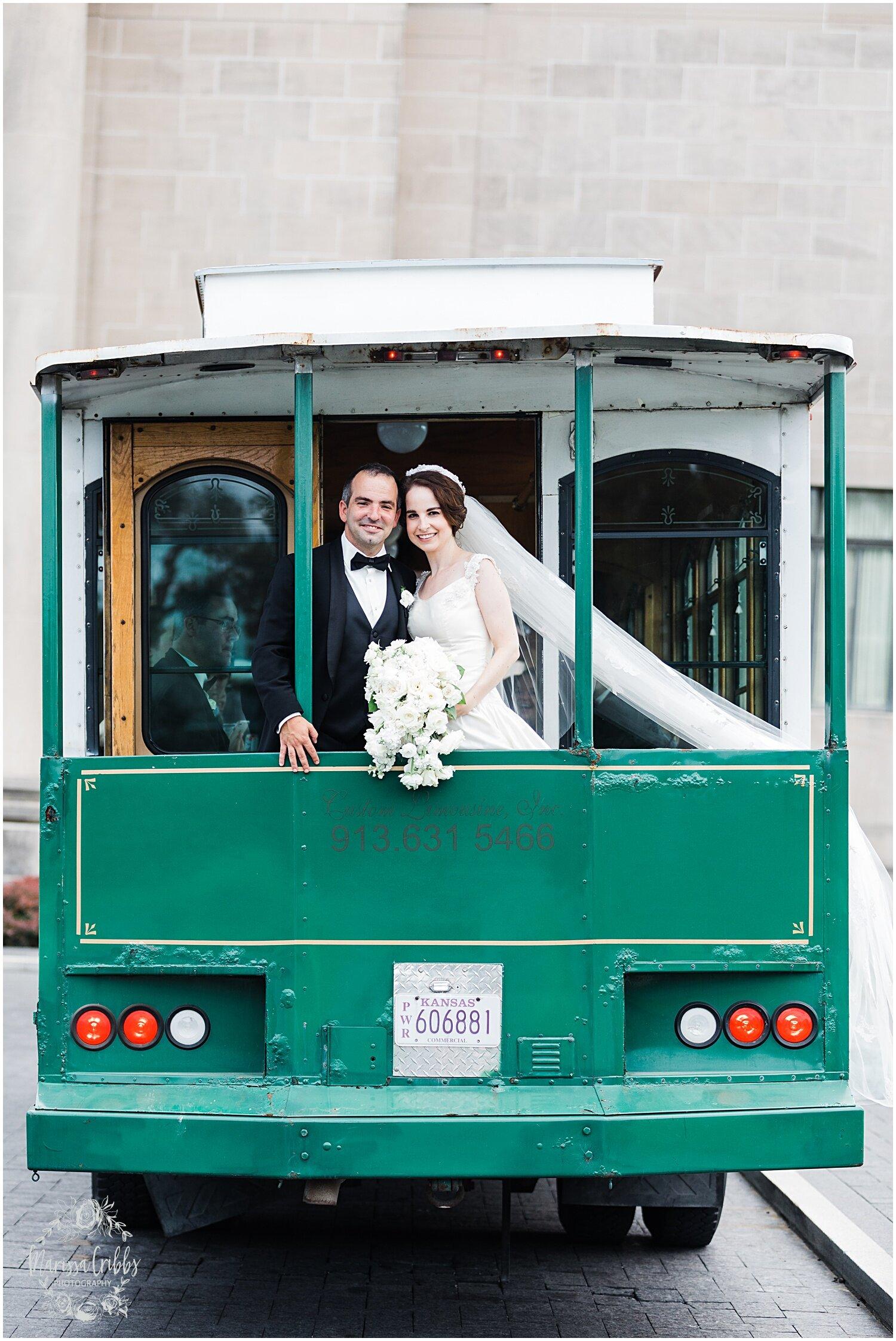 TYLER & CAROLINE MARRIED BLOG | MARISSA CRIBBS PHOTOGRAPHY | THE CARRIAGE CLUB | KANSAS CITY WEDDING PHOTOS_9263.jpg