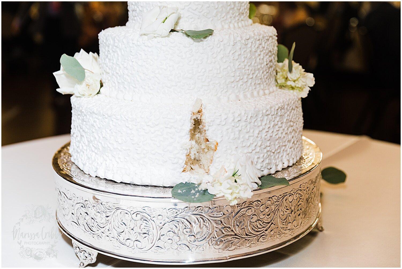 TYLER & CAROLINE MARRIED BLOG | MARISSA CRIBBS PHOTOGRAPHY | THE CARRIAGE CLUB | KANSAS CITY WEDDING PHOTOS_9276.jpg