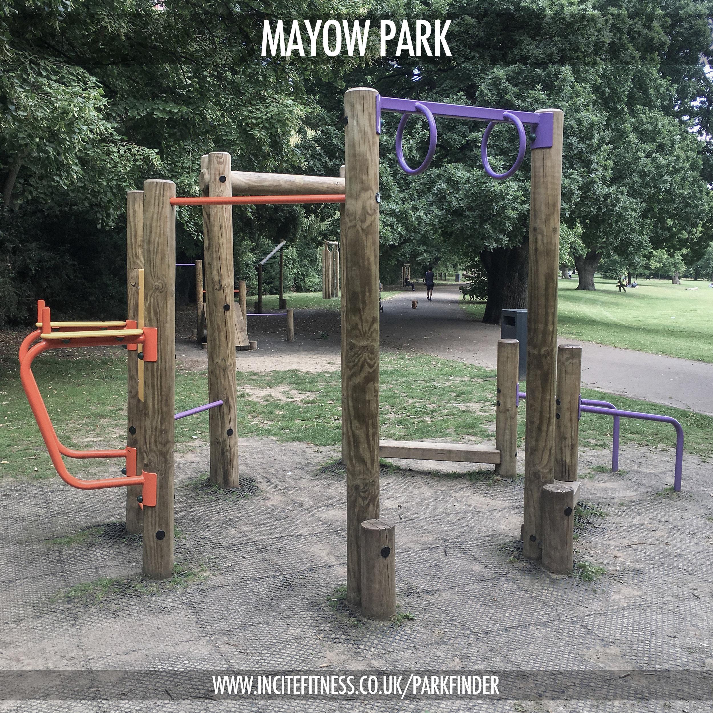 Mayow park 01 pull up bar.jpg