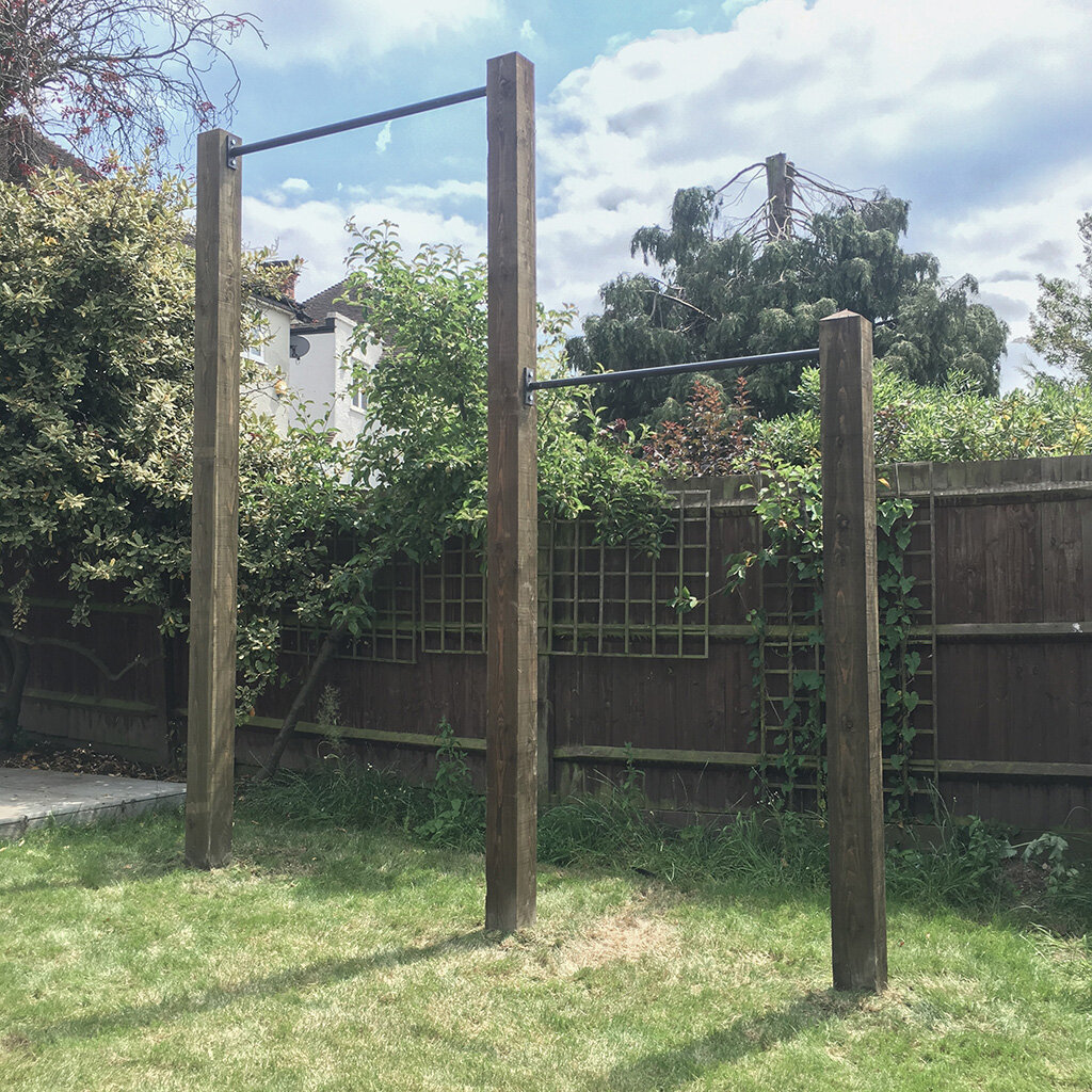 Garden high bar and pull up bar 4e.jpg
