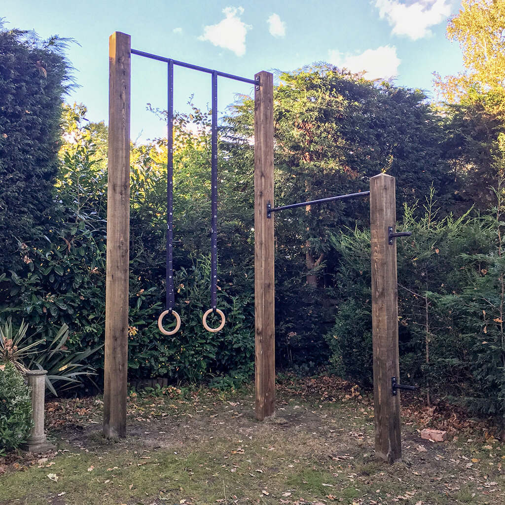 Garden high bar and pull up bar 11e.jpg
