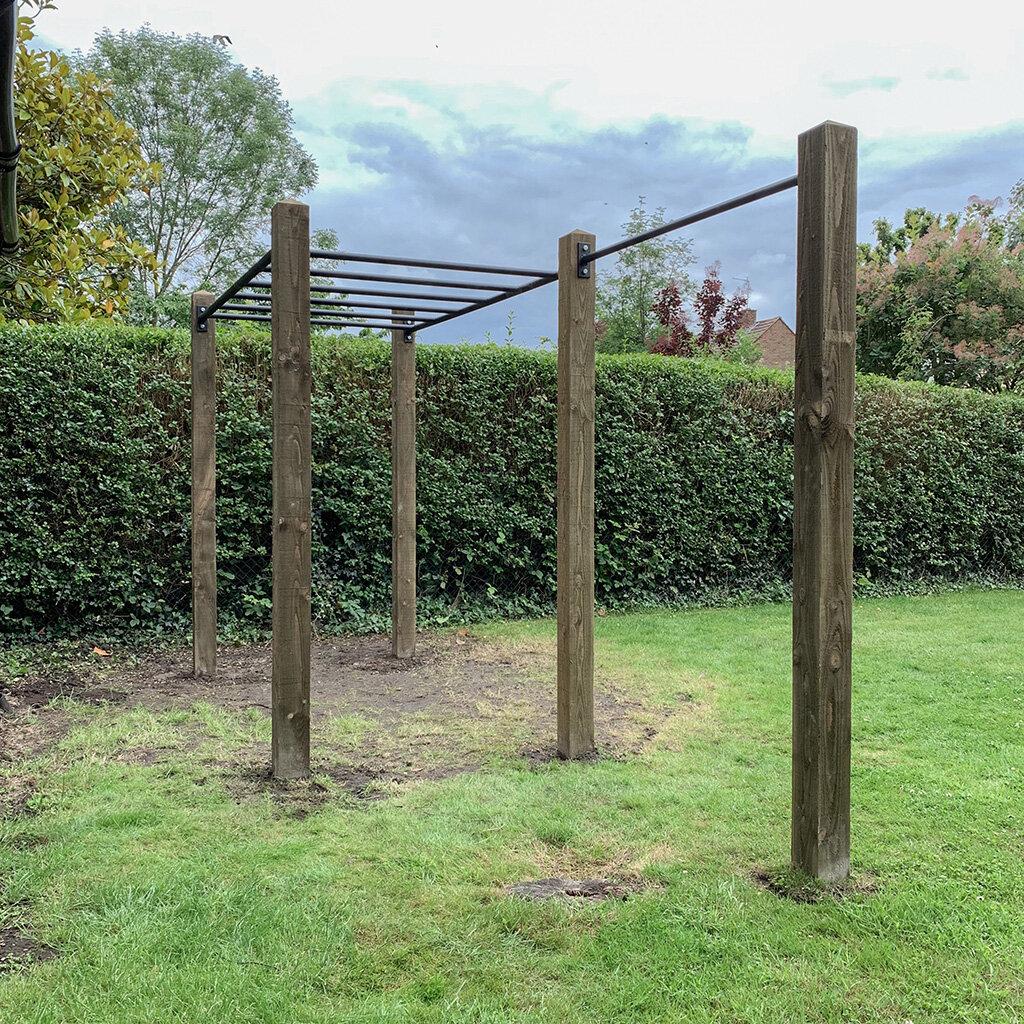 Garden monkey bars and pull up bar 3e.jpg