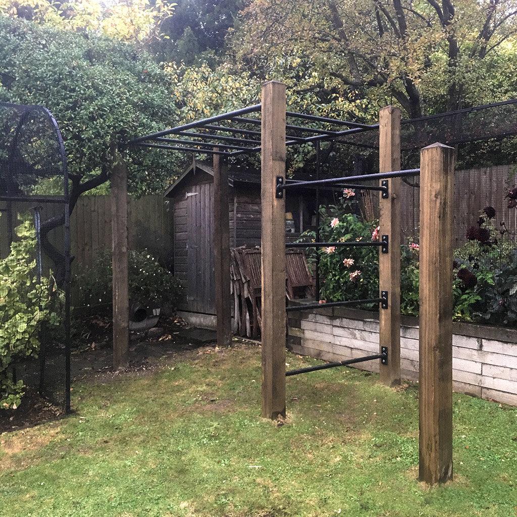 Garden monkey bars and pull up bar 4e.jpg