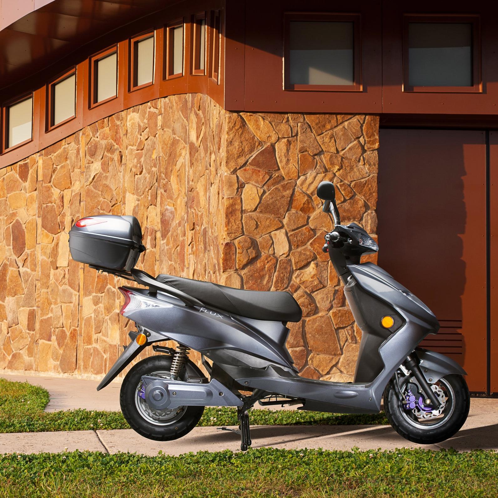 Flux_Mopeds-24.jpg