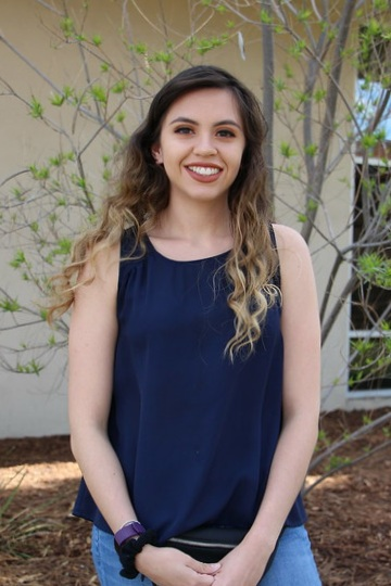 Shafter Learning Center Team Member: Maria Santana  Maria Santana was born in Mexico, and raised in Shafter, California. Maria graduated from Shafter High School with the class of 2016. She is enrolled at California State University of Bakersfield and is pursuing a bachelor's degree in Kinesiology with a concentration in Allied Health. Maria plans to graduate from CSUB, then continue her studies at a graduate program to obtain her doctorate in Occupational Therapy. She likes to encourage others to live a healthy lifestyle to live not only a longer life, but a happier life as well. In her future career, she plans to return to Shafter where she will offer her services to the community.