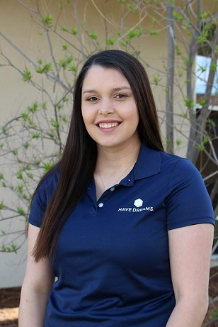 Shafter Learning Center Team Member: Alondra Hinojosa  Alondra Hinojosa was raised in Shafter and graduated Shafter High in 2015. She is currently attending California State University, Bakersfield. Alondra is pursuing her bachelor's degree in Business Administration.