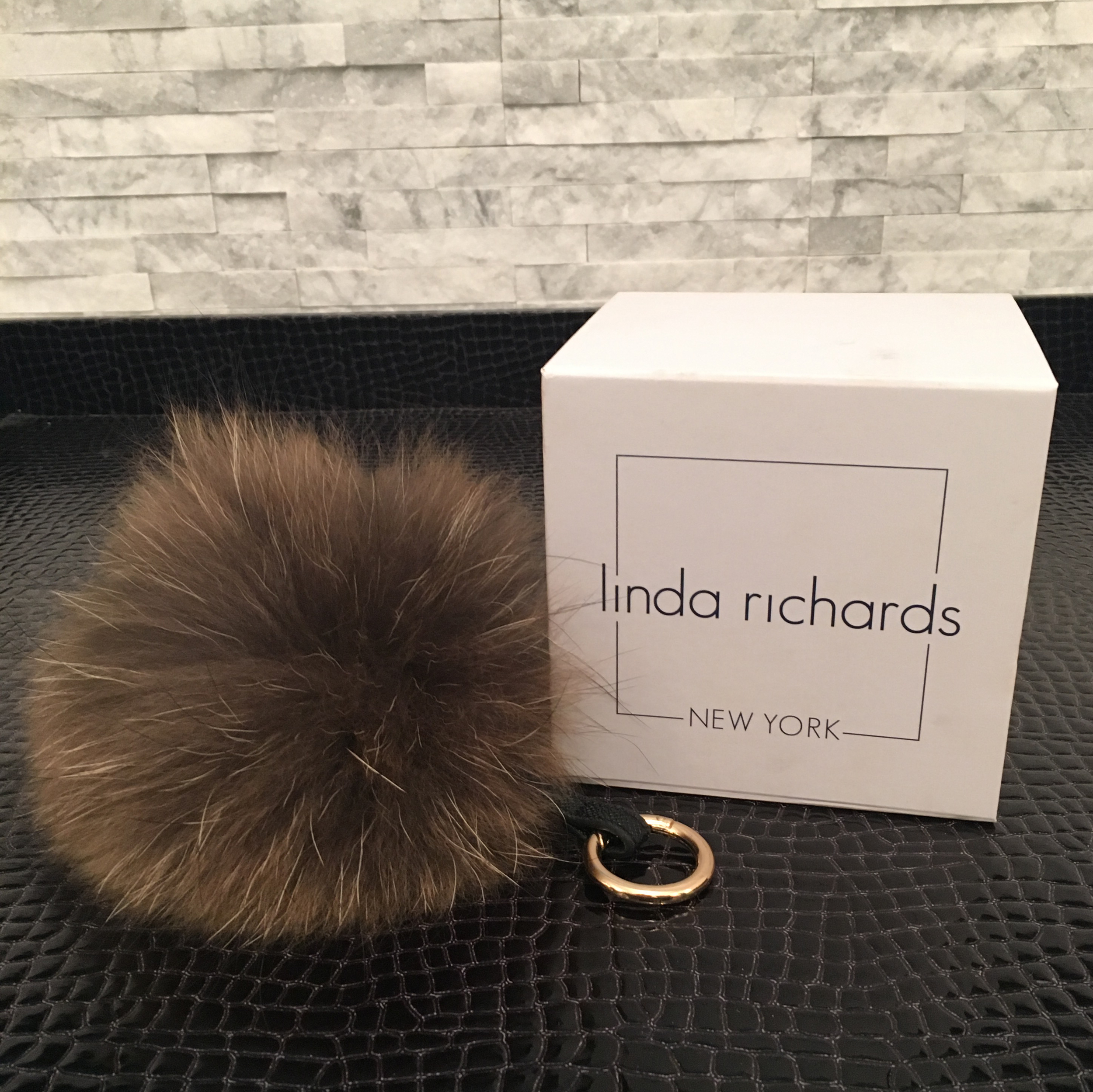 linda-richards-fur-pom