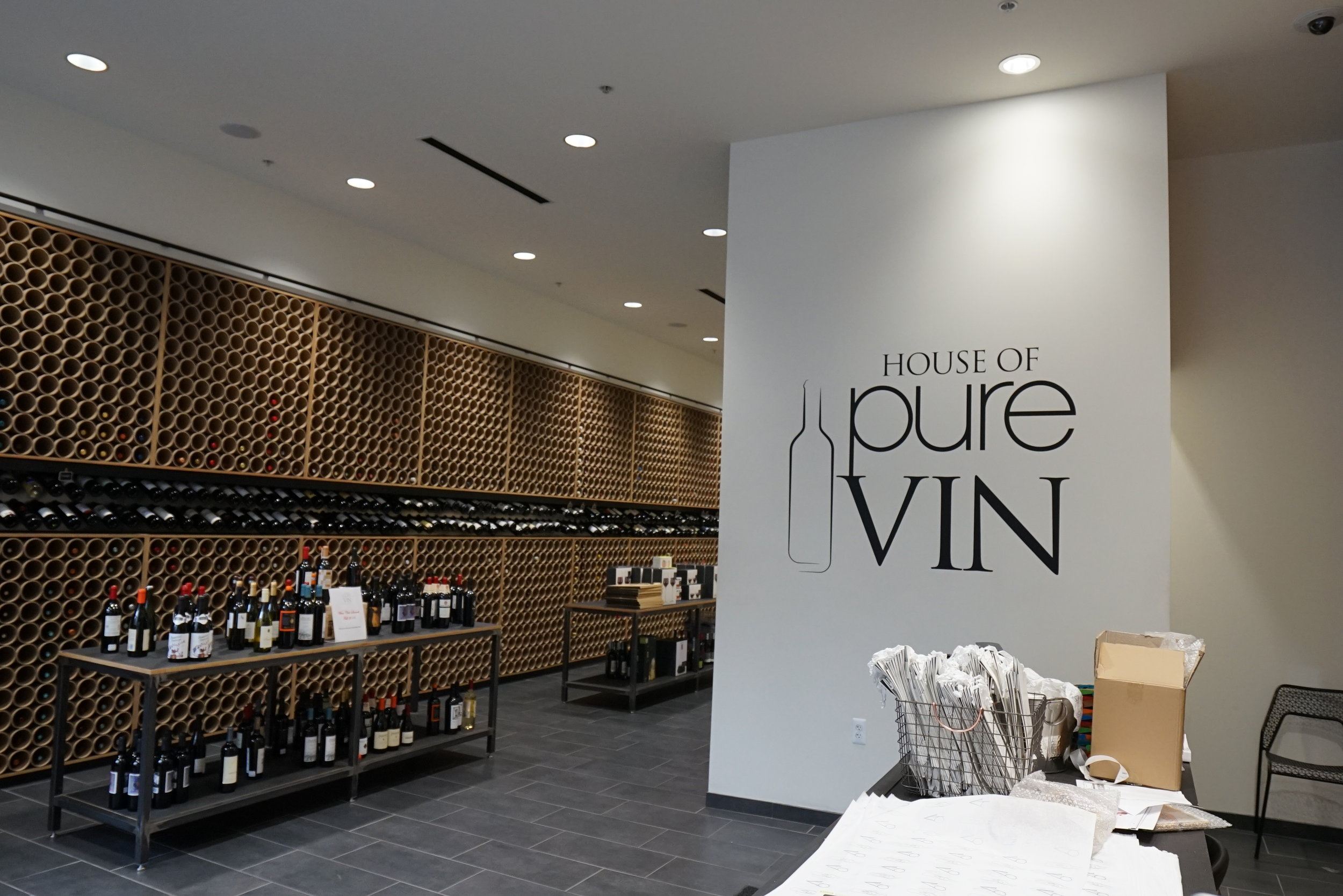 House of Pure Vin  1433 Woodward Ave, Detroit, MI 48226