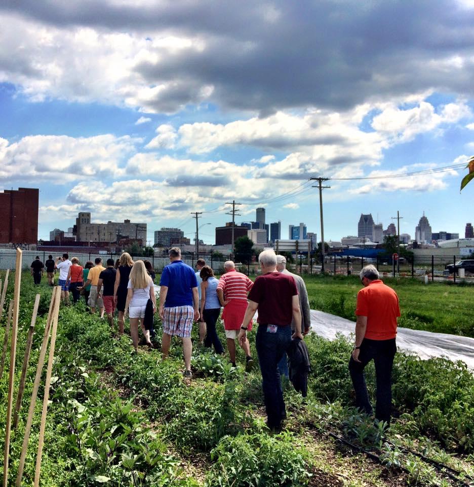 garden-tour.jpg