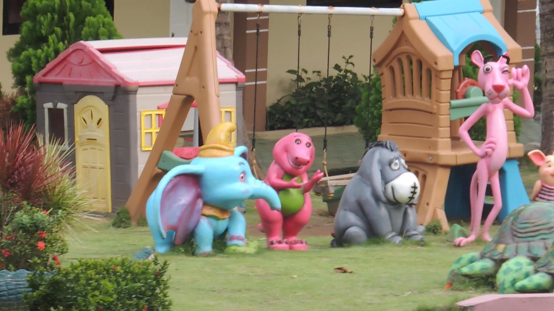 Hannah's Resort Ilocos Norte Short ass Barney