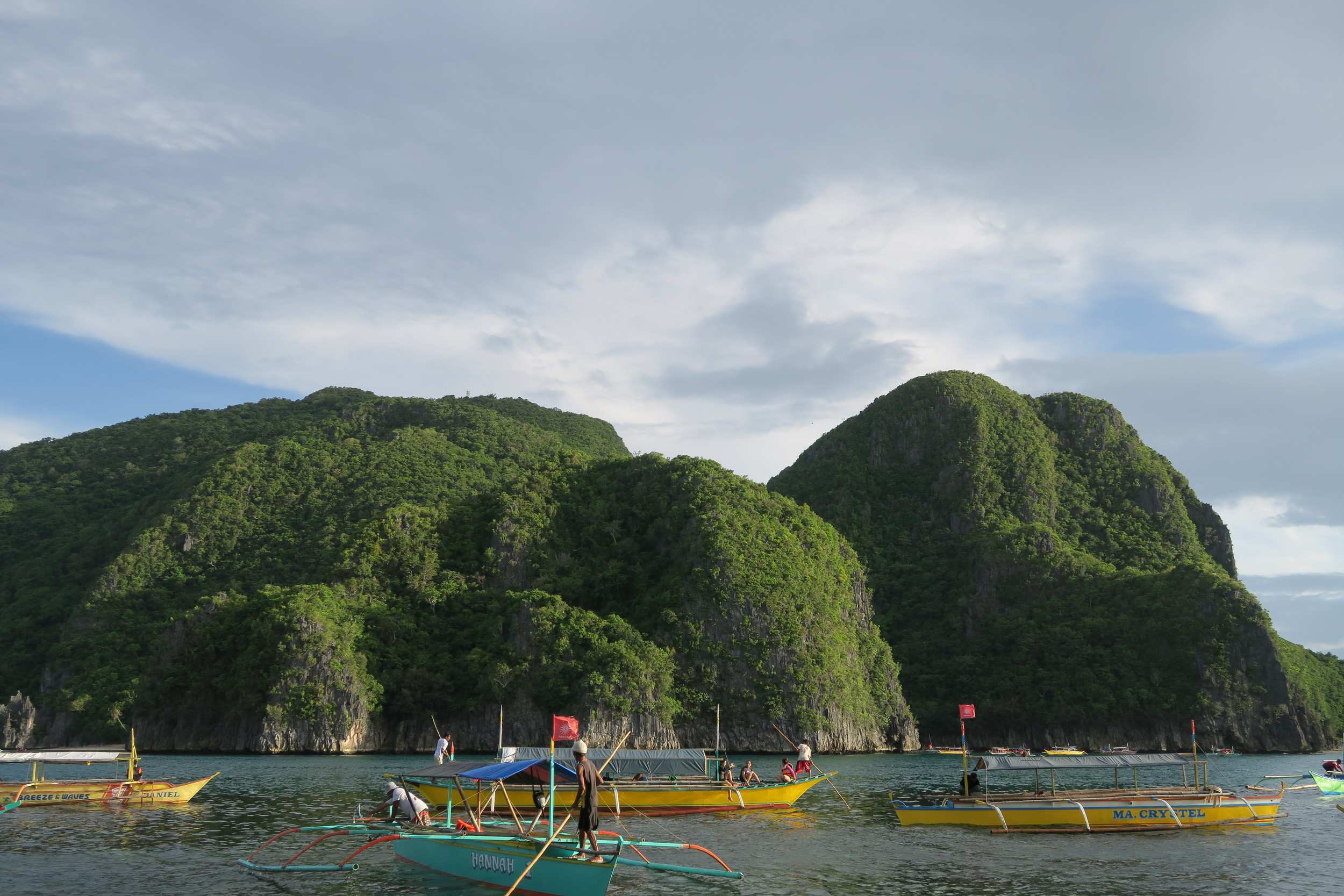 Shadows dance around the beautiful islands of Caramoan