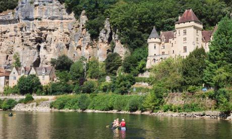 Canoeing-on-the-Dordogne--008.jpg