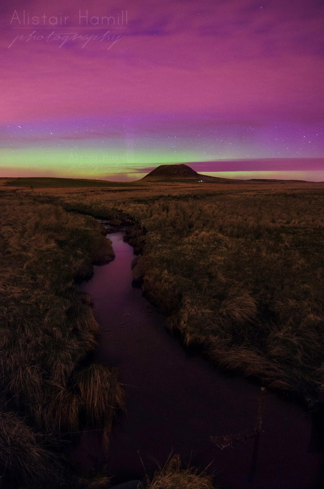 Slemish bright aurora vertical (Large) wm.jpg