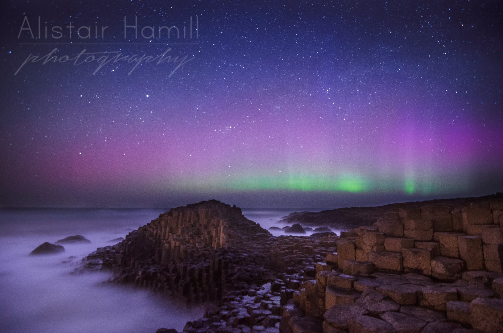 April aurora Causeway more rays (Large) wm.jpg