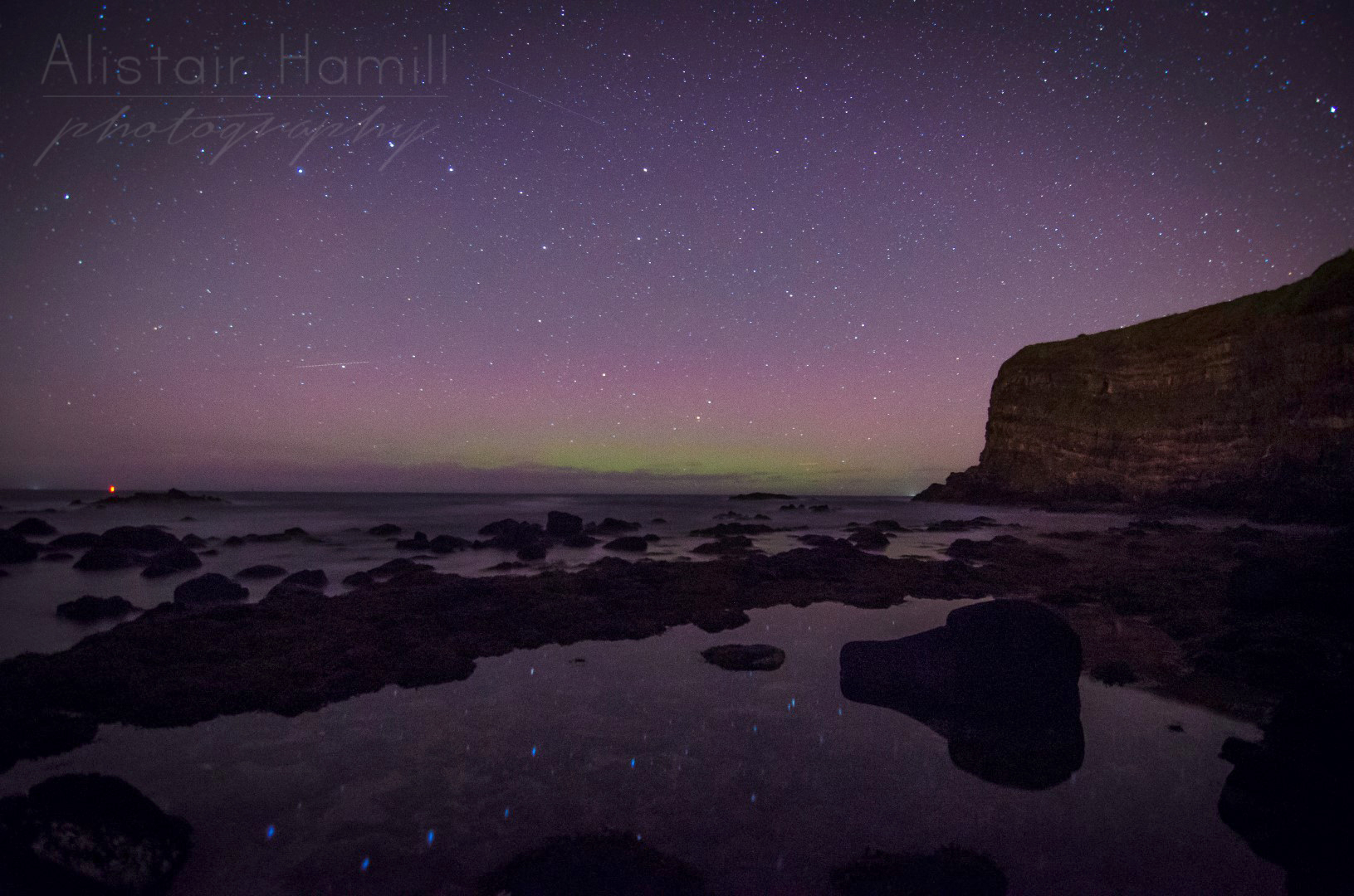 The aurora continued to intensify slightly as the night progressed.