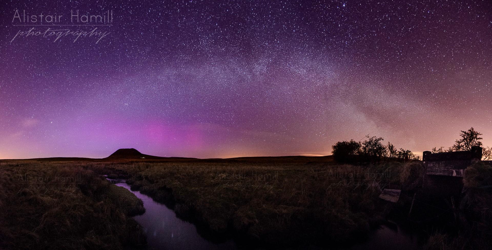 Milky Way Slemish aurora enhanced (Large) wm.jpg