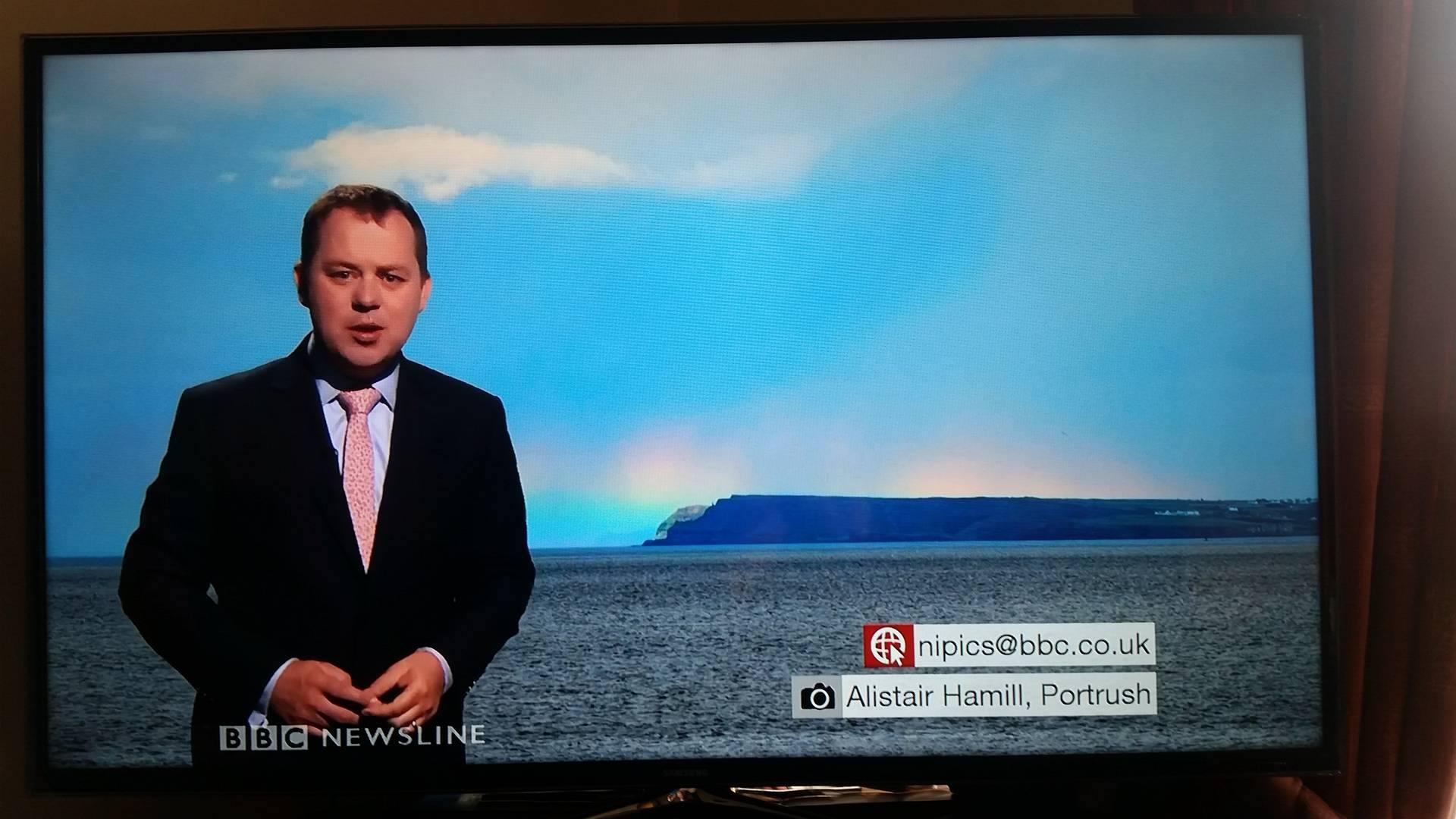 The low bow appearing on BBC TV. Thanks again to Chris Ibottson for taking this picture for me.