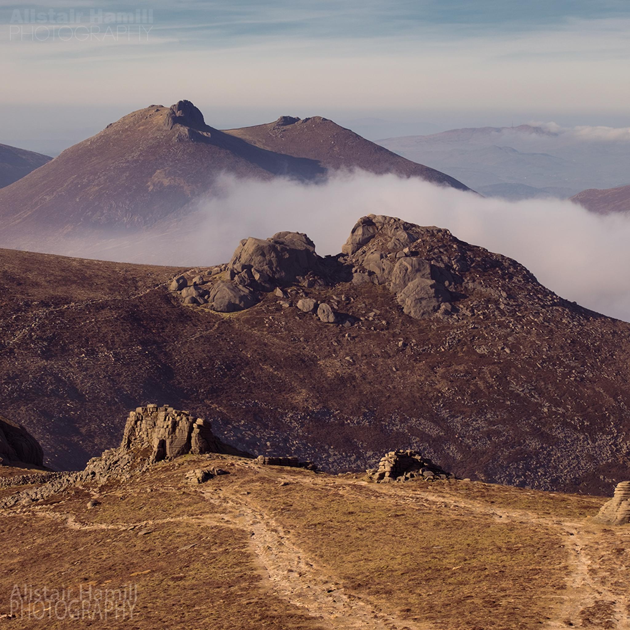 Binnian and Bearnagh (large) WM.jpg