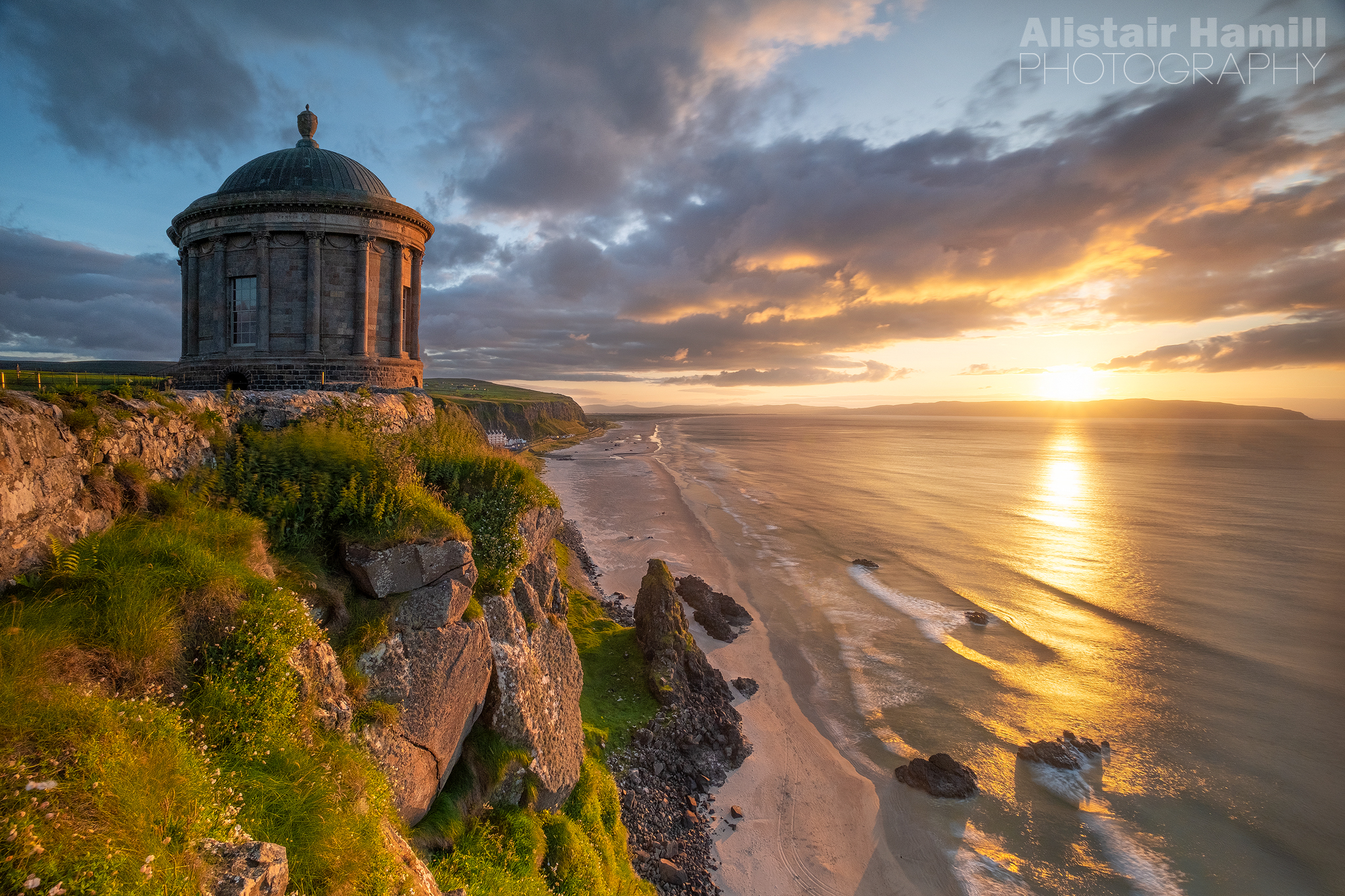 Mussenden Temple sunset (large) WM.jpg