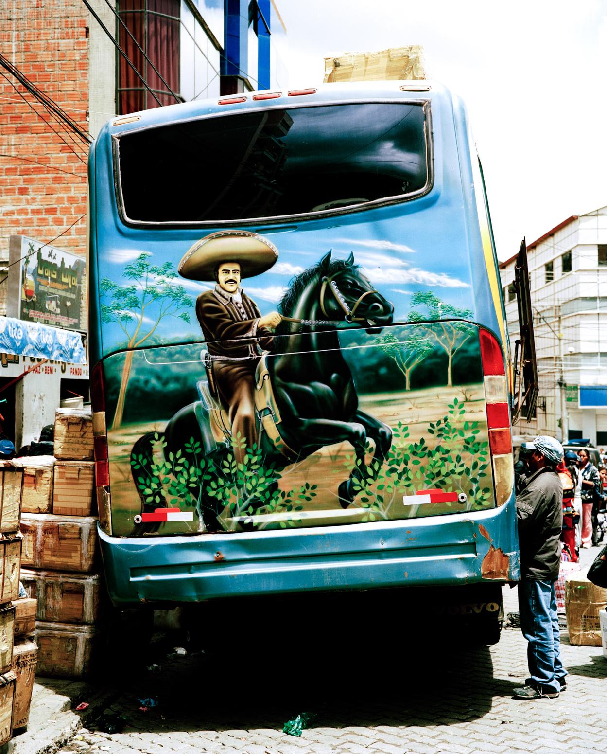 Daniel_Hofer_Bolivian_Busses_195_01_1550PX_WEB.jpg