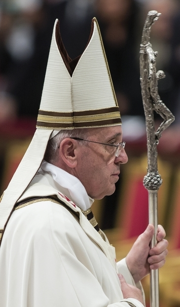 Francis's feast is media's famine: Key detail omitted from coverage of Vatican wedding