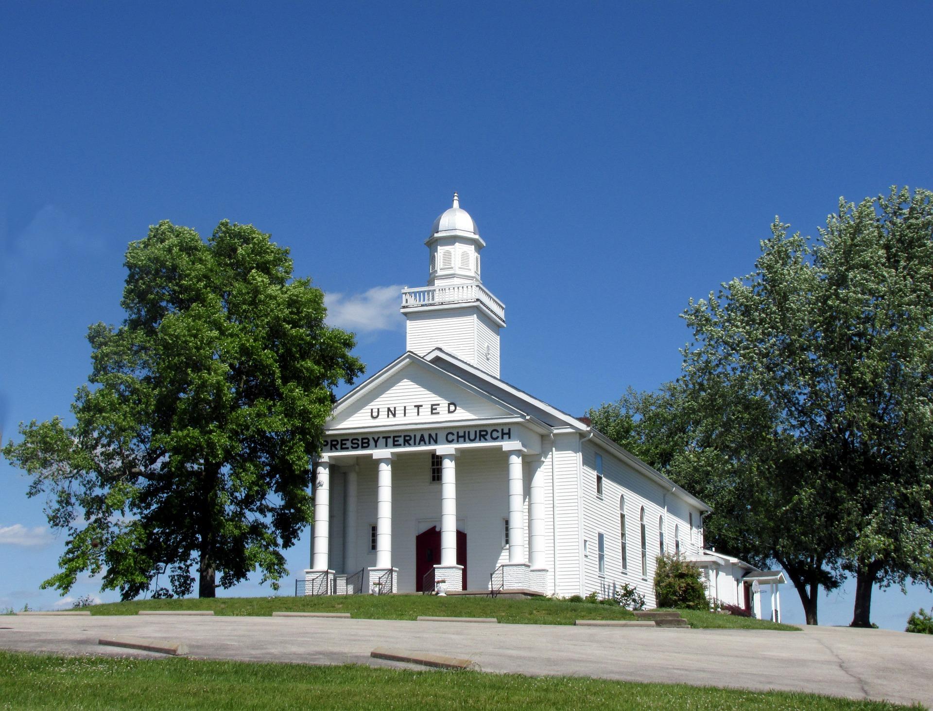 presbyterian-church-381646_1920.jpg
