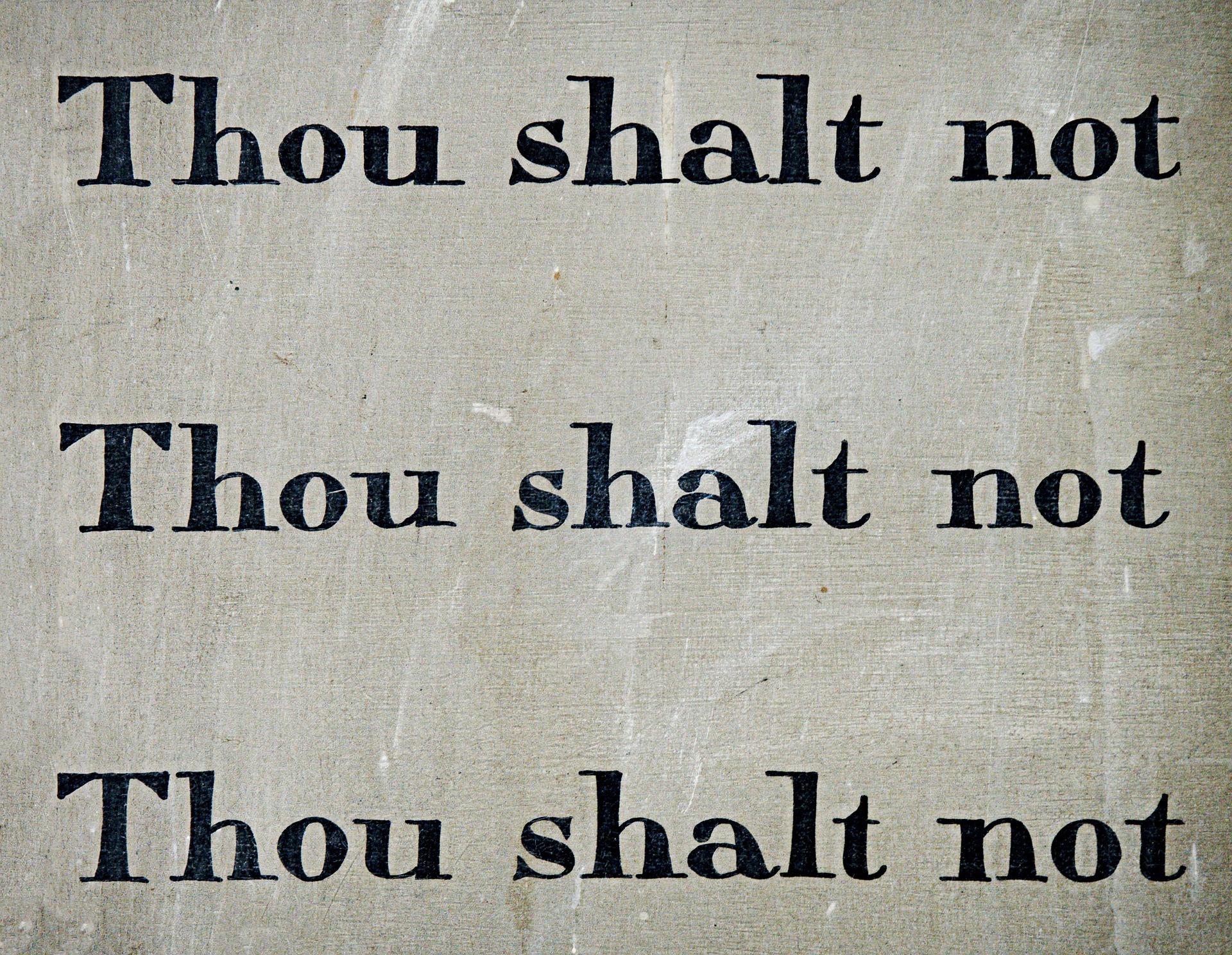 commandment-1431061_1920.jpg