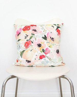 throw pillow 2.jpg