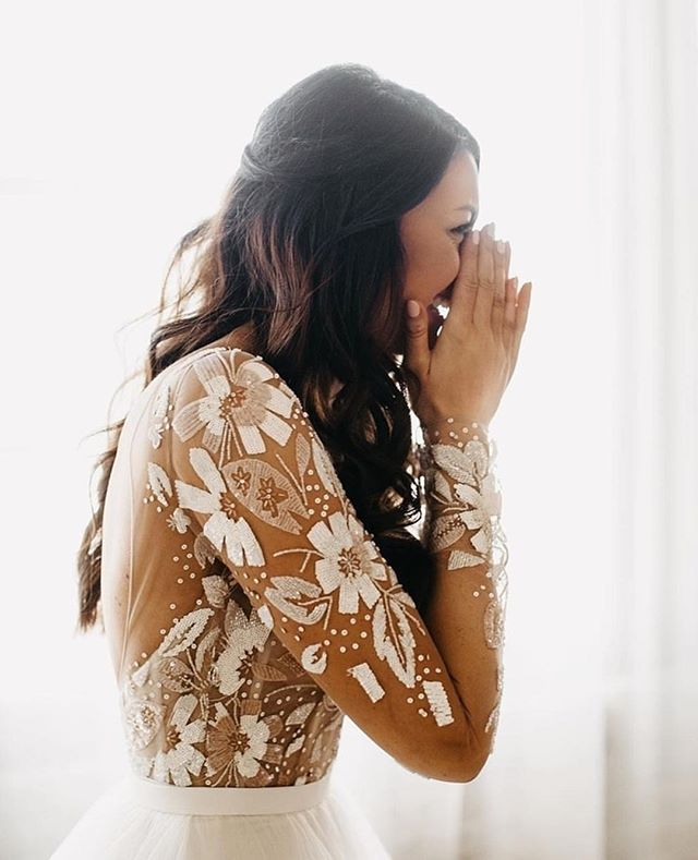 There's nothing that makes us happier than seeing a beautiful bride THIS happy! via @womangettingmarried photo: @janelle.elise.photo  #everydaygirl #girlonabudget #budgetfriendly #averagegirl #budgetbride #brideandgroom #beautifulbride #lacedress #weddingdresses #bridalstyle #elegant #whiteweddingdress #weddingtime #thebigday #firstlook #weddingdress #bridalfashion #weddinghair #weddingday #2019weddings #prettylittledetails #darlingdetails #weddingplanning #yestothedress #love #misstomrs #weddingphotography #bridalgown #bridetobe #parsimonyinspired