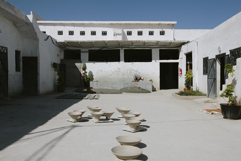 lifestyle-editorial-travel-washington-dc-malek-naz-photography-marrakech-morocco-pottery.jpg