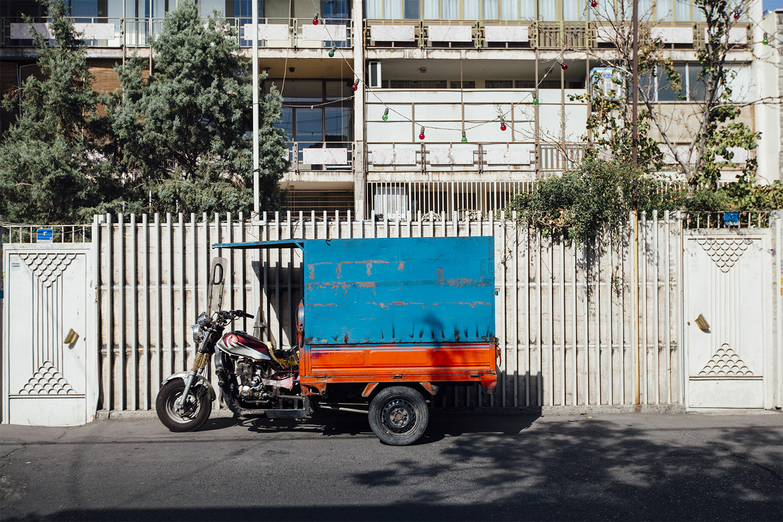lifestyle-editorial-travel-washington-dc-malek-naz-photography-motorcycle-iran-tehran.jpg
