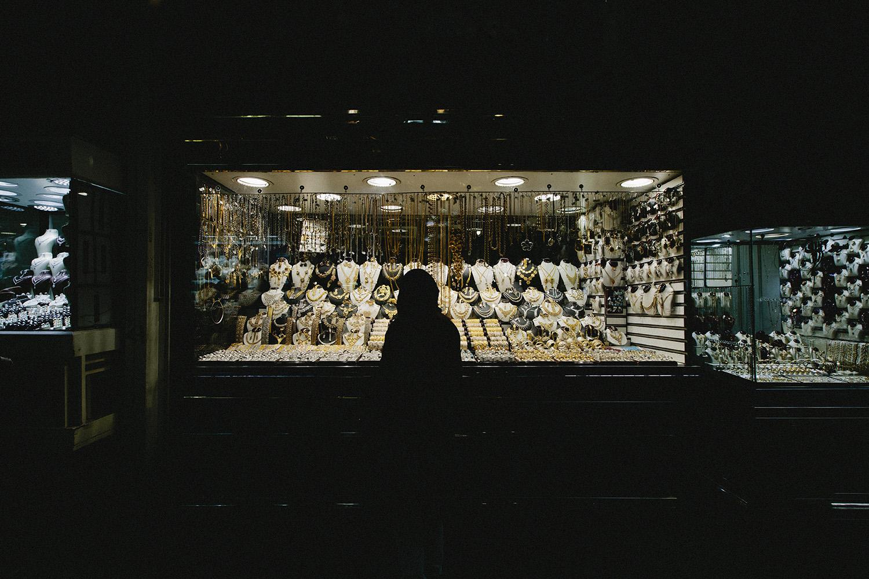lifestyle-editorial-travel-washington-dc-malek-naz-photography-pickled-gold-tehran-bazaar.jpg