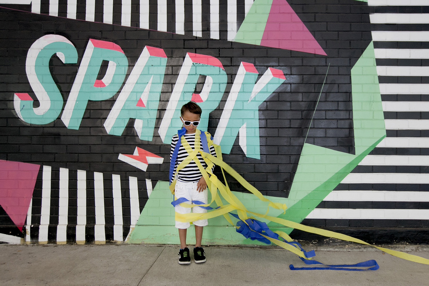 lifestyle-editorial-children-washington-dc-malek-naz-photography-contempo-kids-crystal-city-no-kings-collective-mural.jpg
