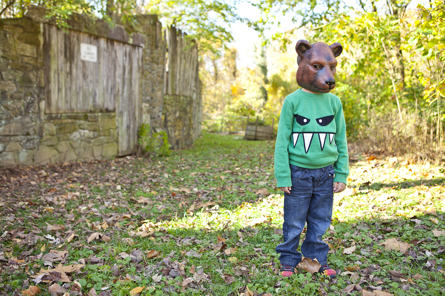 lifestyle-editorial-children-washington-dc-malek-naz-photography-contempo-kids-bear-mask.jpg