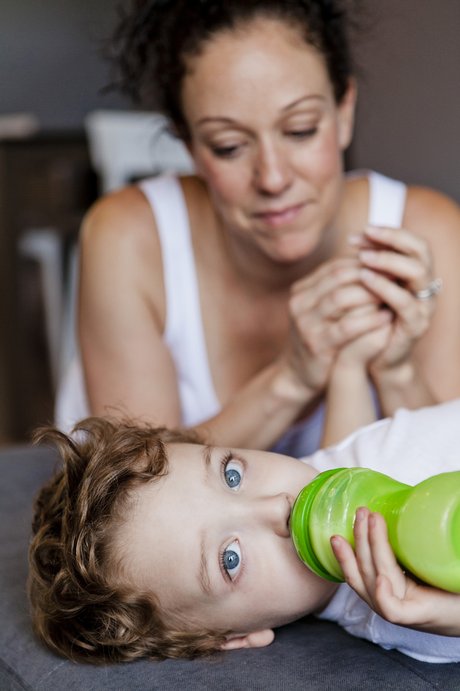 lifestyle-editorial-children-washington-dc-malek-naz-photography-contempo-kids-bottle-feeding.jpg