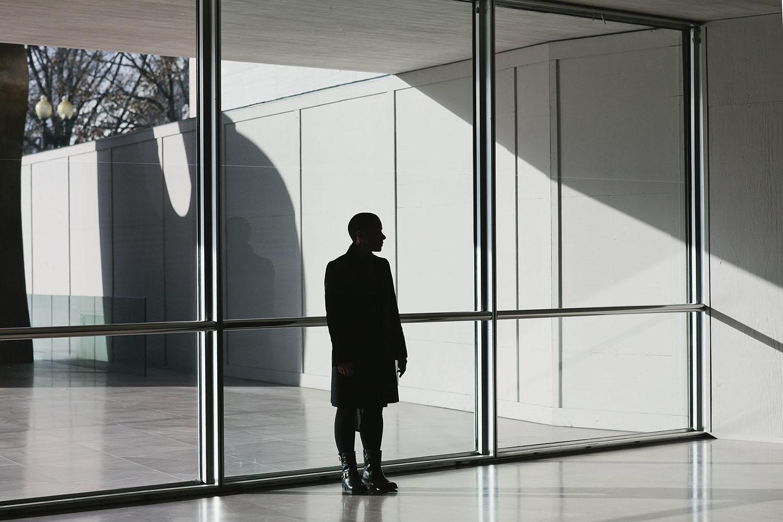 lifestyle-editorial-washington-dc-malek-naz-photography-melissa-burgos-national-gallery-art-1.jpg