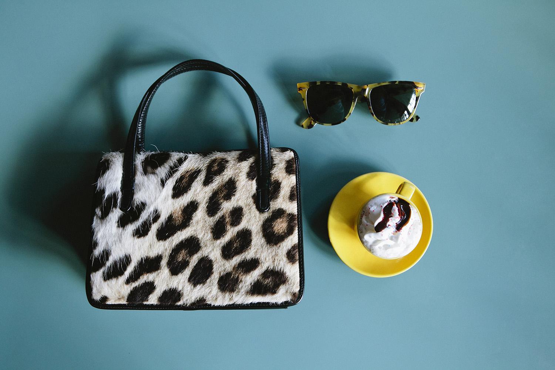 lifestyle-editorial-washington-dc-malek-naz-photography-vintage-leapard-bag.jpg