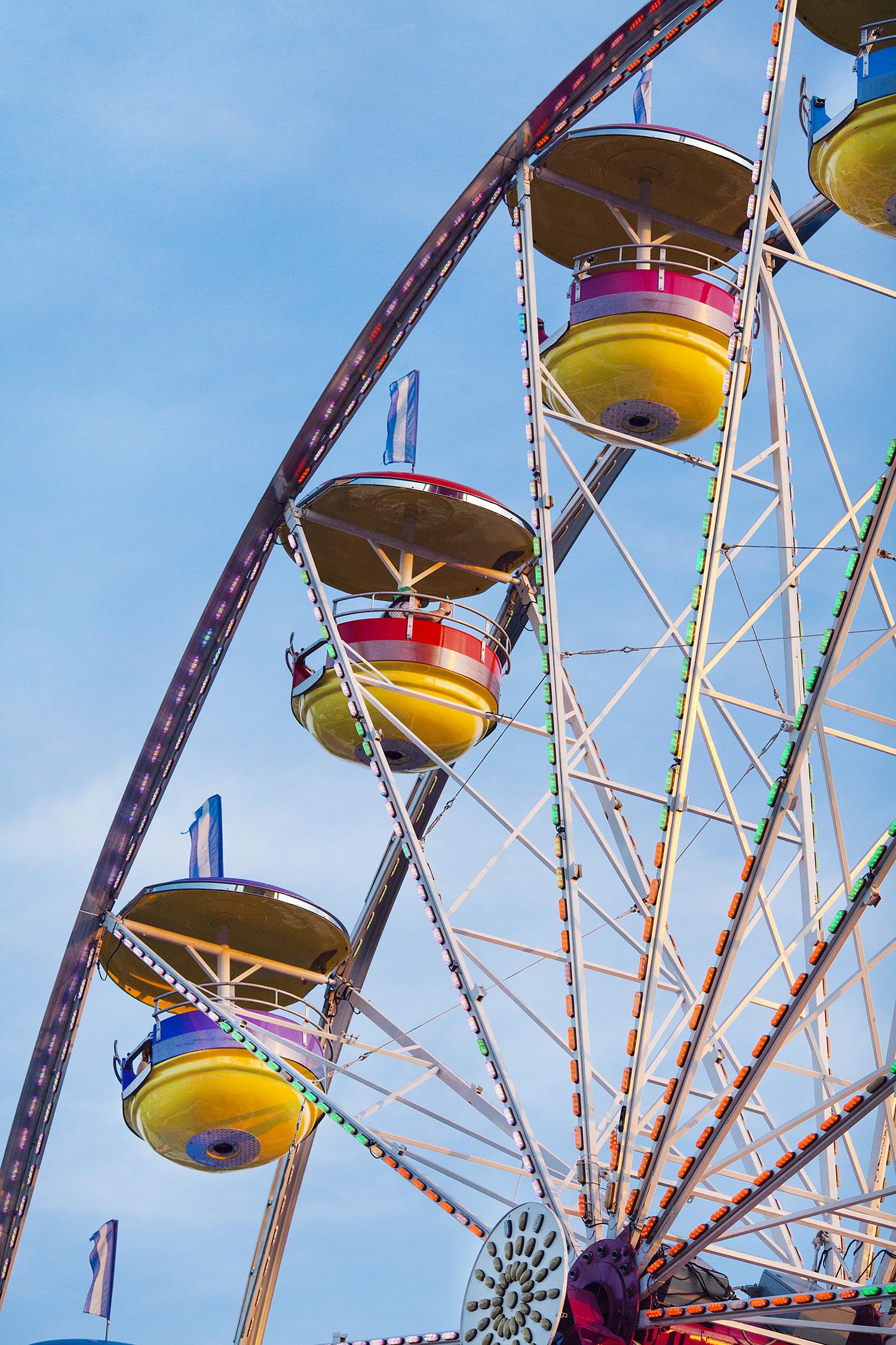 lifestyle-editorial-washington-dc-malek-naz-photography-montgomery-county-fair-ferris_wheel.jpg