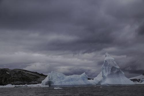 iceberg-cierva-cove-antarctica.jpg