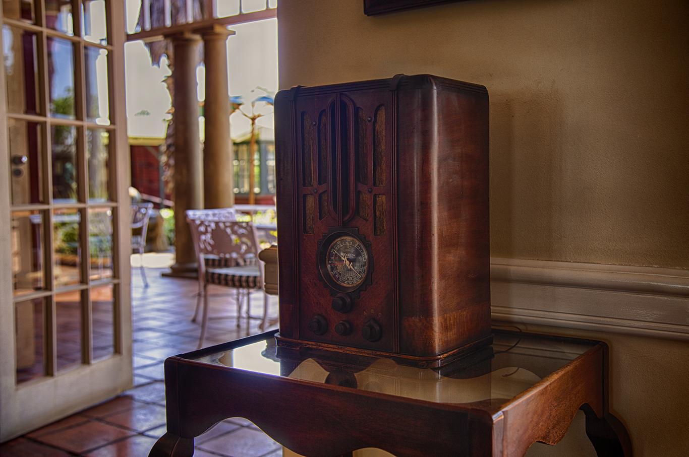 Antique Radio, Rovos Rail