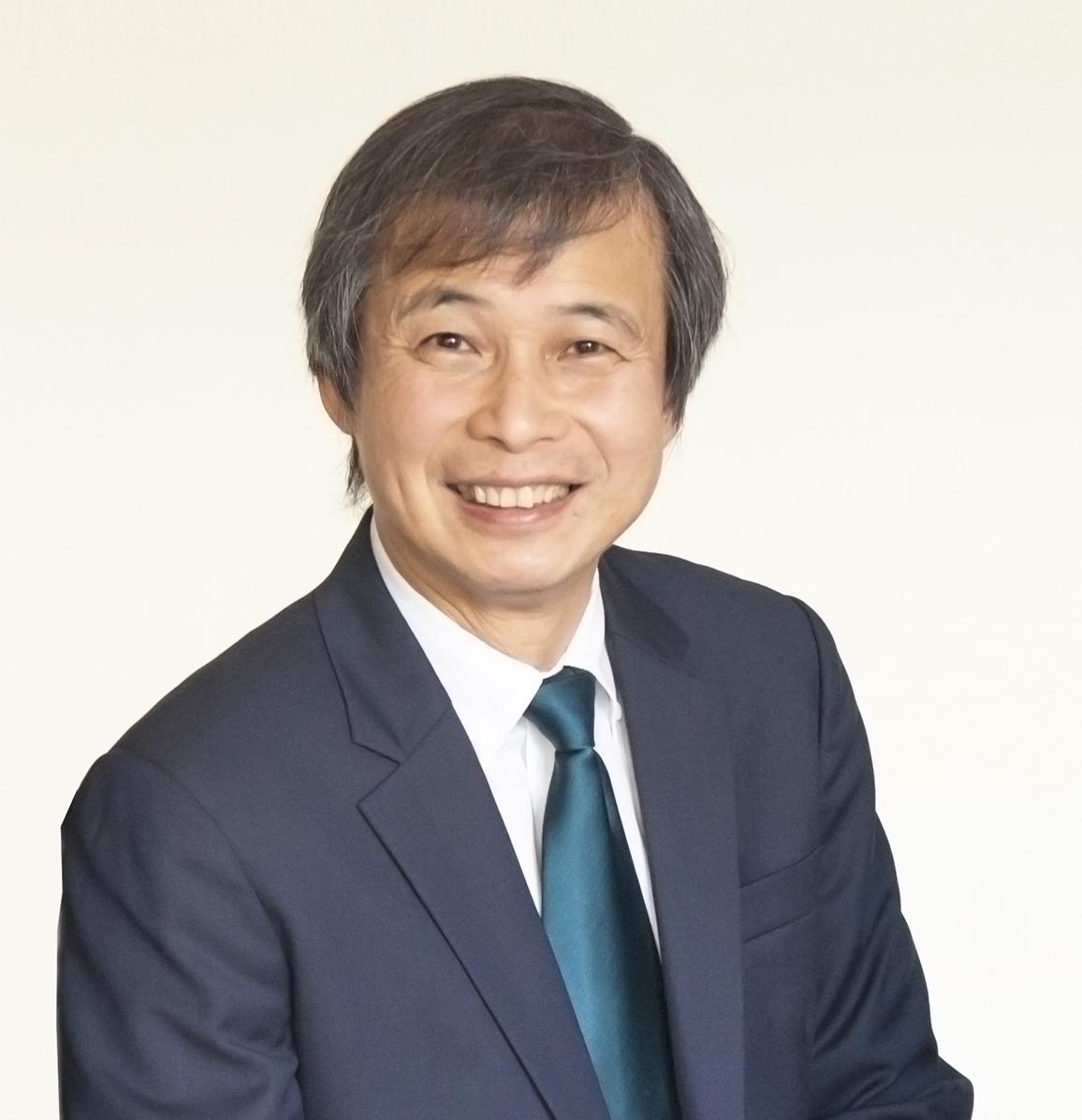 Dr Philip Lyn