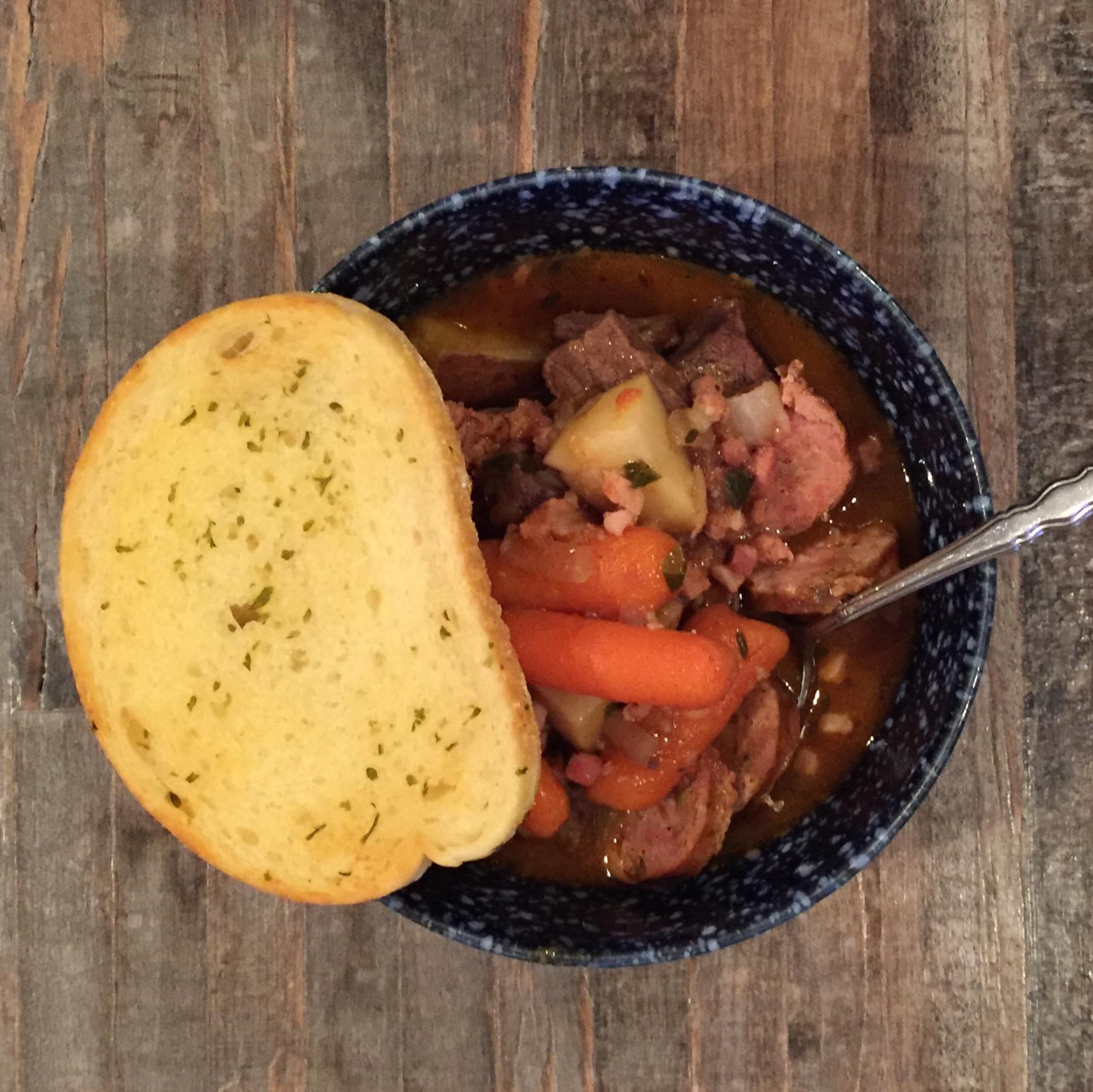 Quick & Easy Week Night Dinner - Beef Stew, Casey Bonano RD, LD, Dallas Nutritional Counseling #dallasnutritionalcounseling #balancedeating #homecooking #quickrecipes #easyrecipe #weeknightrecipe #carbfatpro #quickeasyrecipe