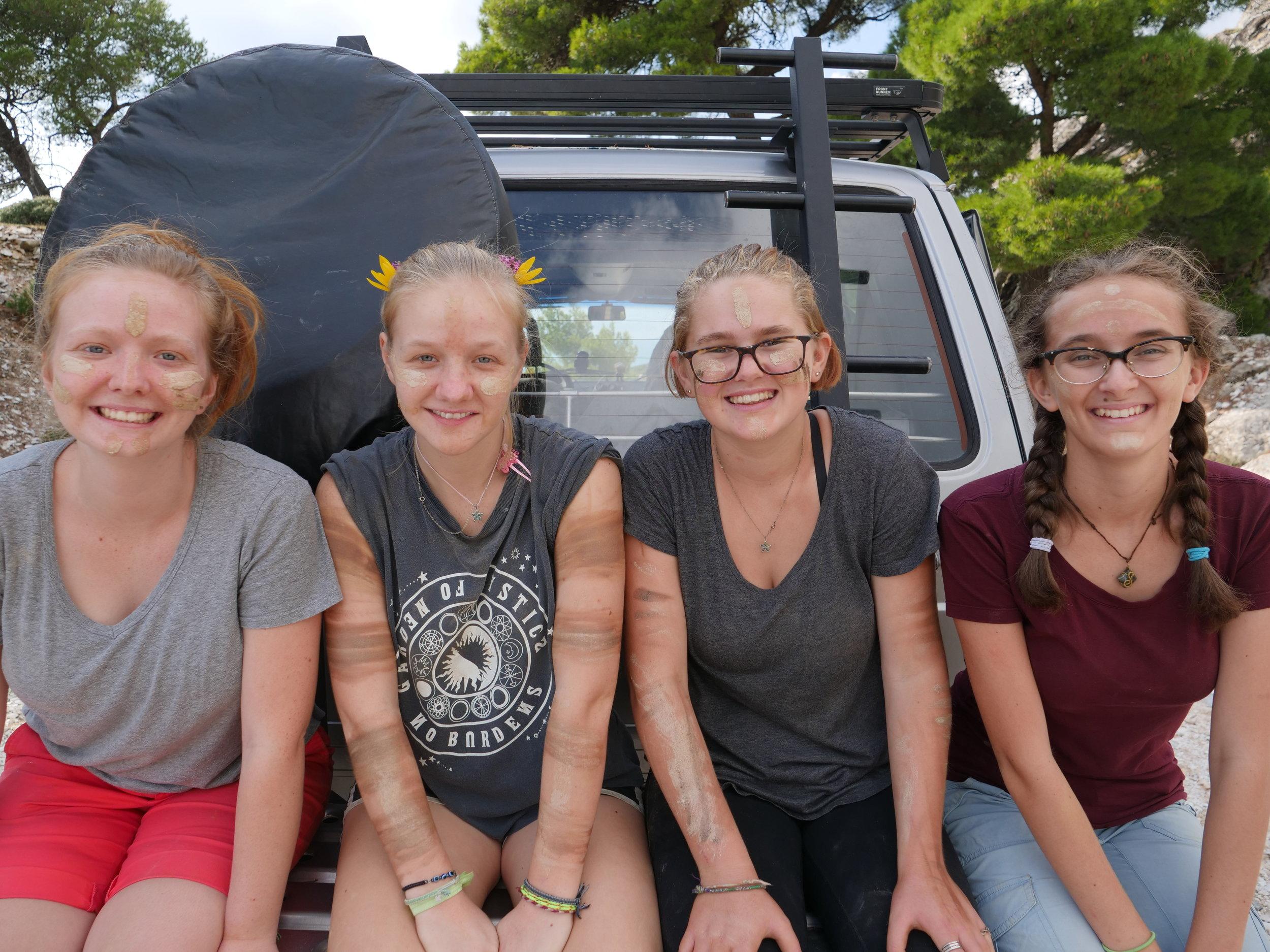 4 big girls with dirt.JPG