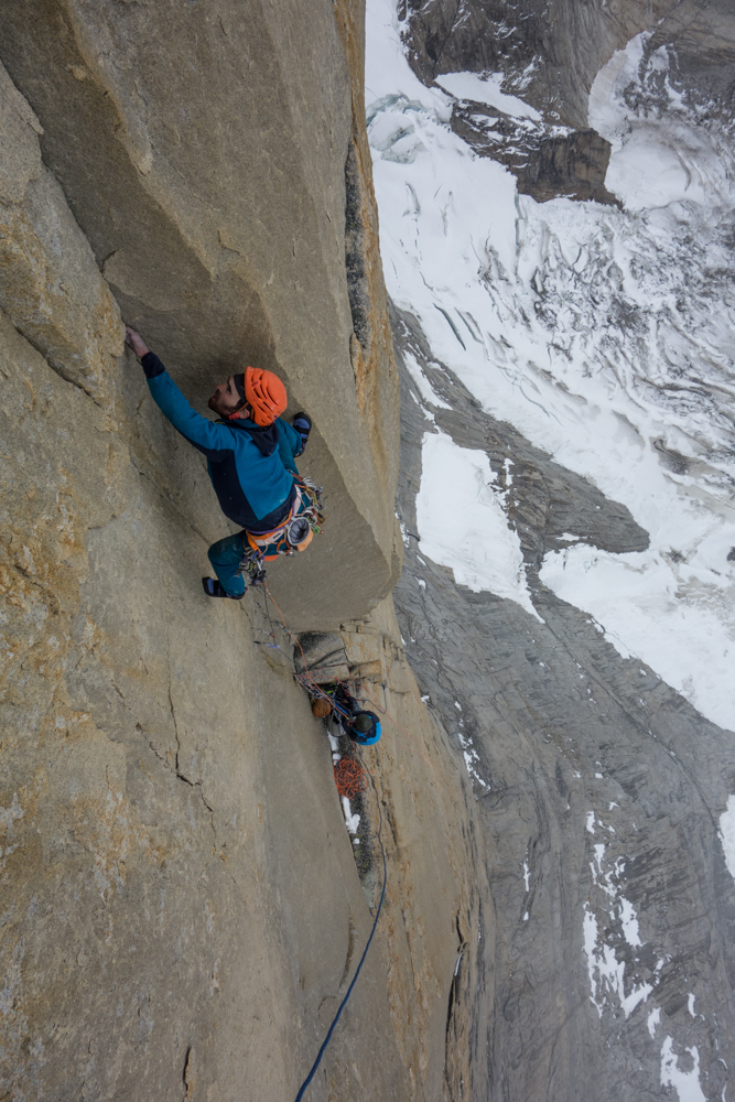Sean leading one of the crux pitches. Photo courtesy of Nico Favresse, Siebe Vanhee and Sean Villanueva O'Driscoll