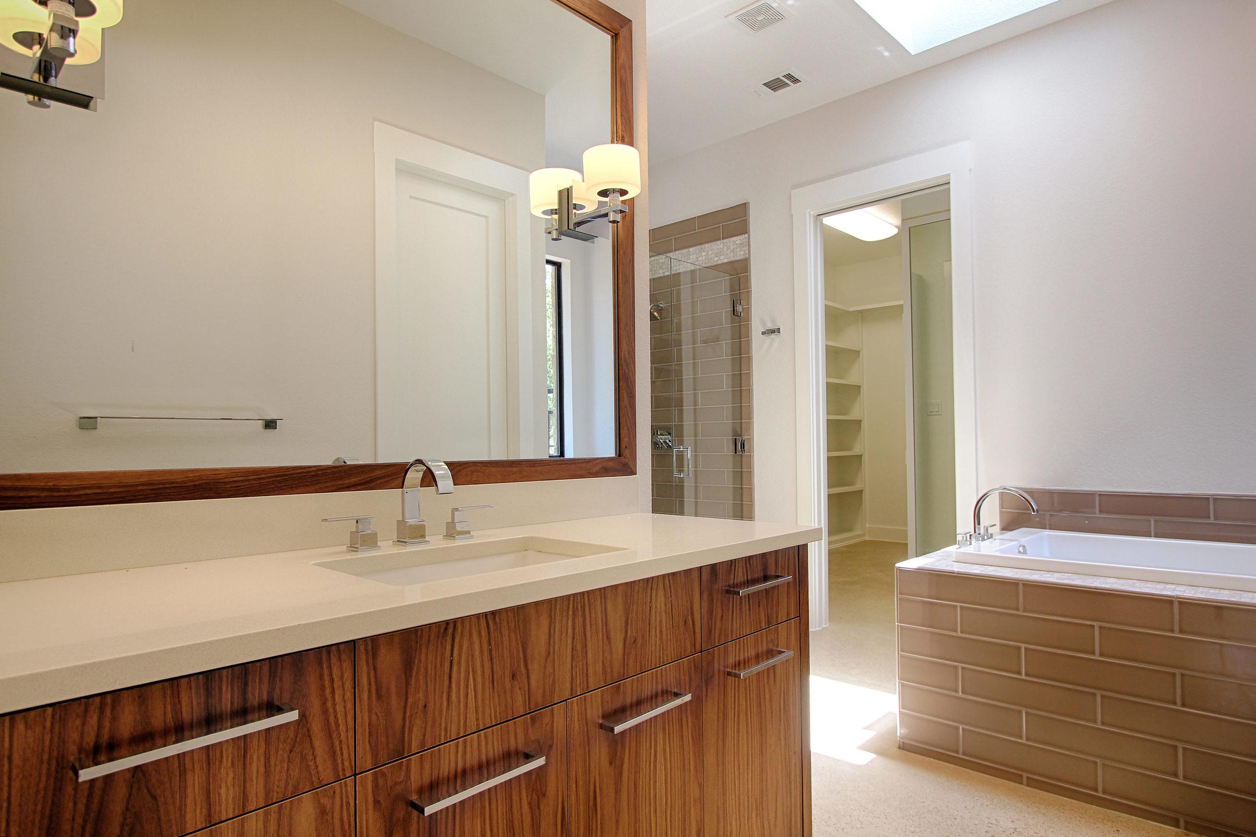 11 Master Bath 2.jpg